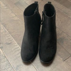 Old Navy Shoes - Old navy Boots